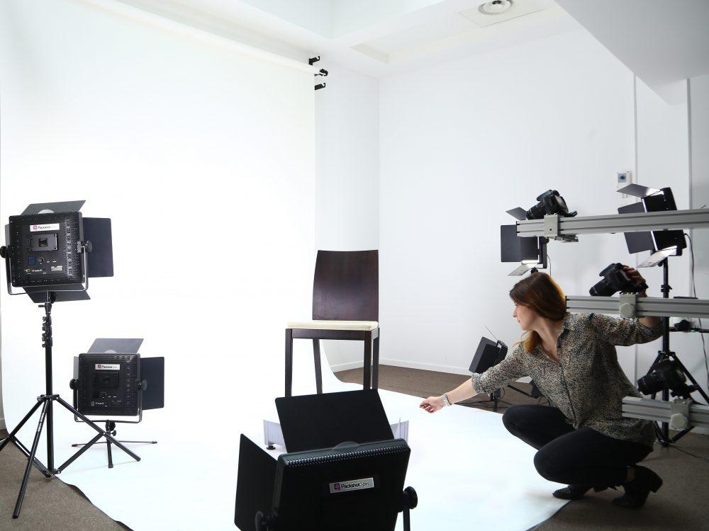 Fotos von Möbelstücken mit PackshotCreator