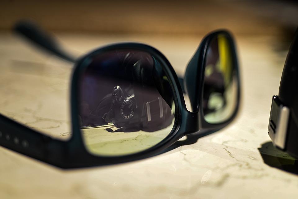 Brillen für den Onlinehandel fotografieren - PackshotCreator