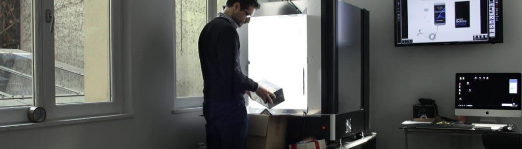 haushaltgeräte Hightech-Produkte Einen Flachbildfernseher im Studio fotografieren