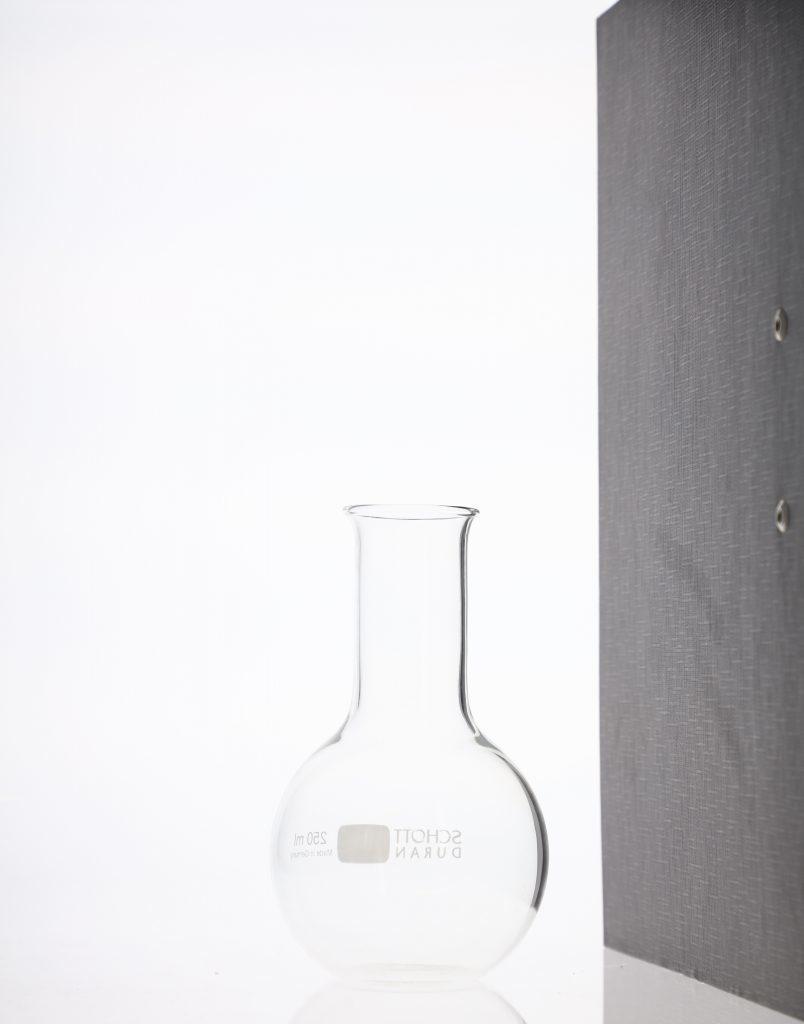 Packshot-Fotografie von Kosmetika im Fotostudio