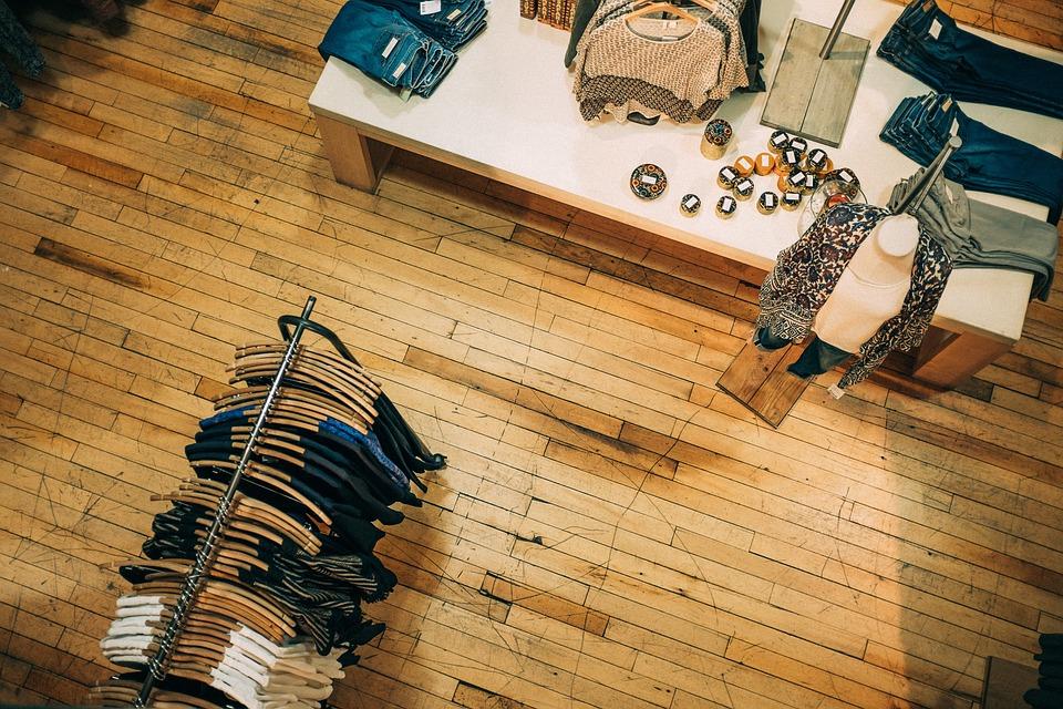 Produktfotografie: Flache Fotos von Mode und Bekleidung