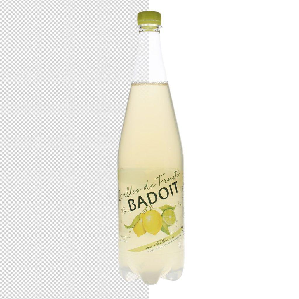 automask einer Fotografie einer Saftflasche